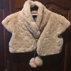 Faux Fur beige bolero with ties and pompoms. Small